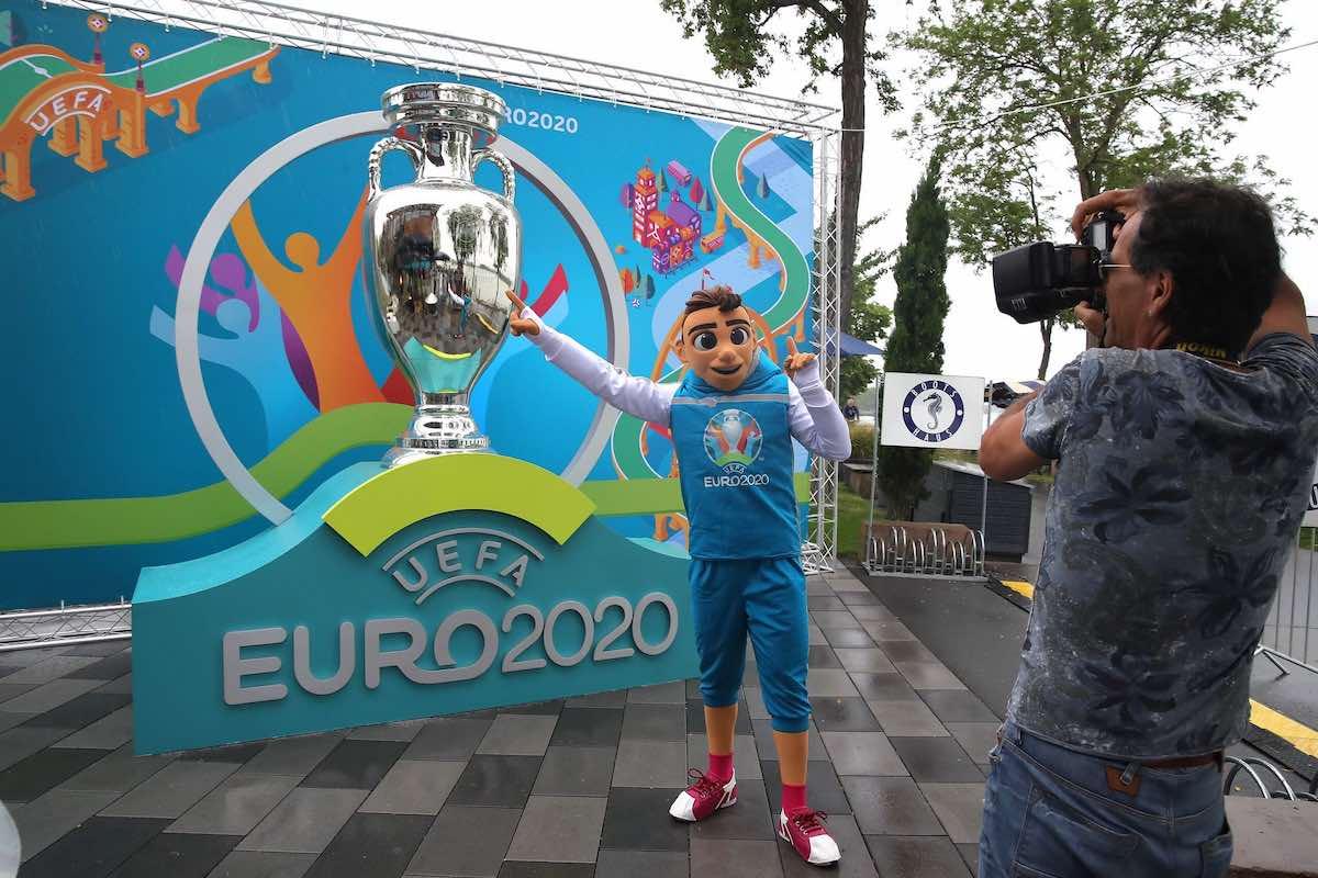 Организуют ли для футбольных болельщиков бесплатную доставку на Евро-2020, пока проходит чемпионат?