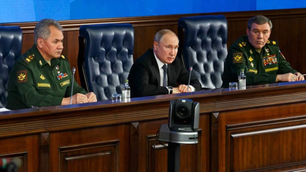 Рост военных пенсий в 2020 году пообещал Владимир Путин