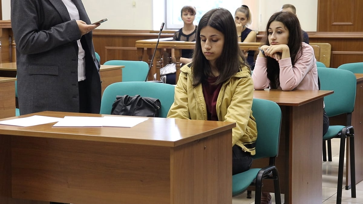 Последние новости о сестрах Хачатурян: дело закрыто или нет