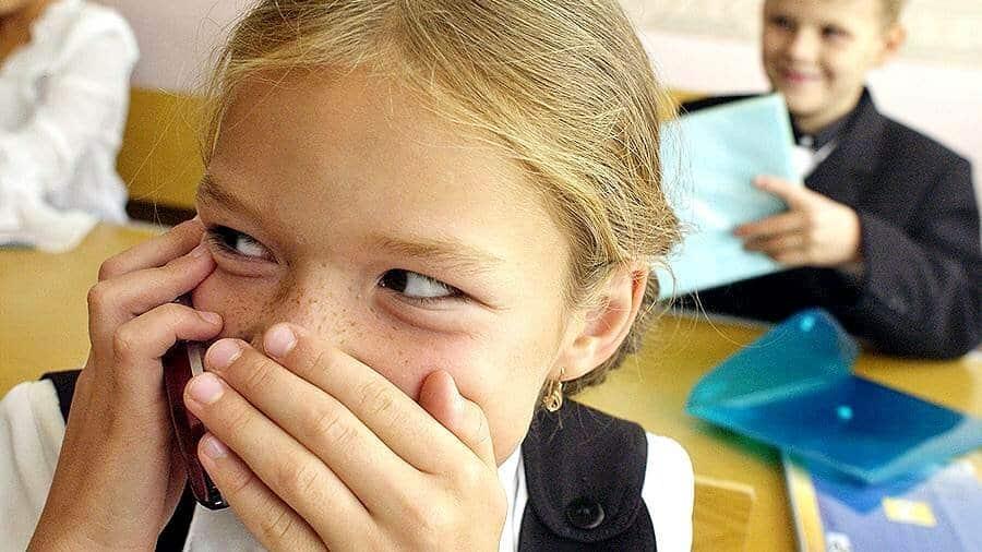 Запрет мобильных телефонов в школах России