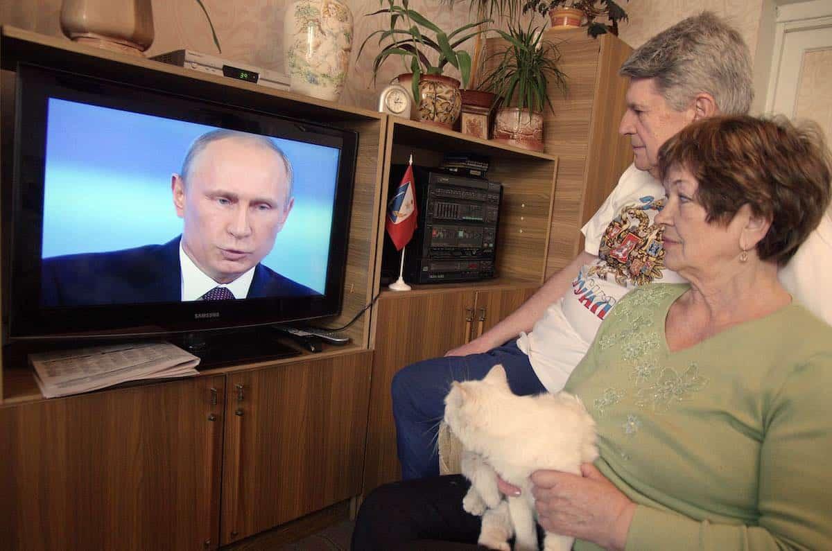 Путин планирует снизить пенсионный возраст: прогноз экспертов на действия Кремля перед «транзитом»