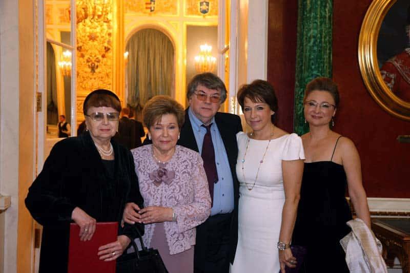 Семья Бориса Ельцина, где она и кто на самом деле является его родственником