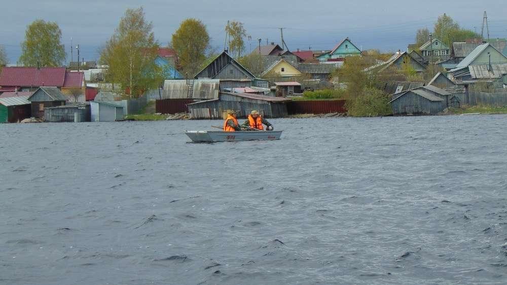 Эксперты ОНФ в Карелии помогли сотрудникам рыбоохраны очистить Выгозеро от сетей браконьеров