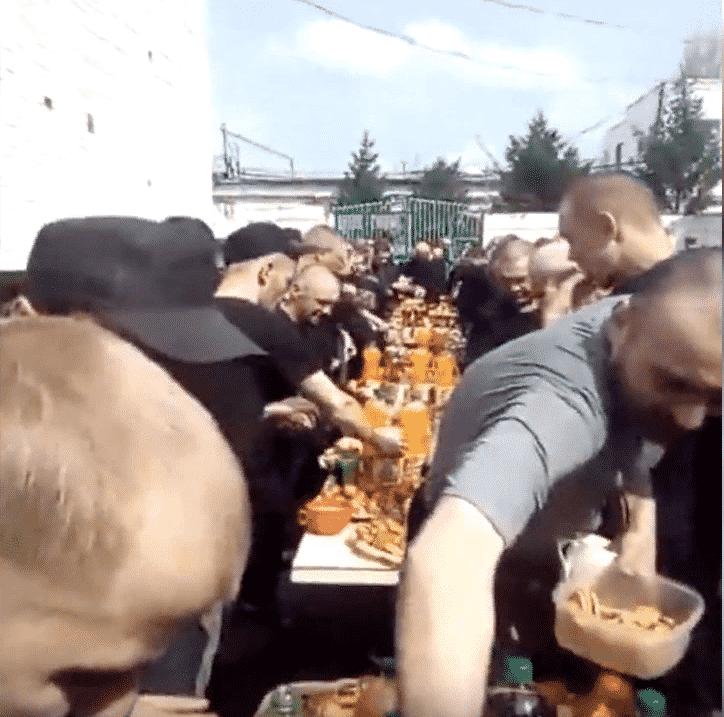 Банкет для зеков в Орловской колонии (видео)